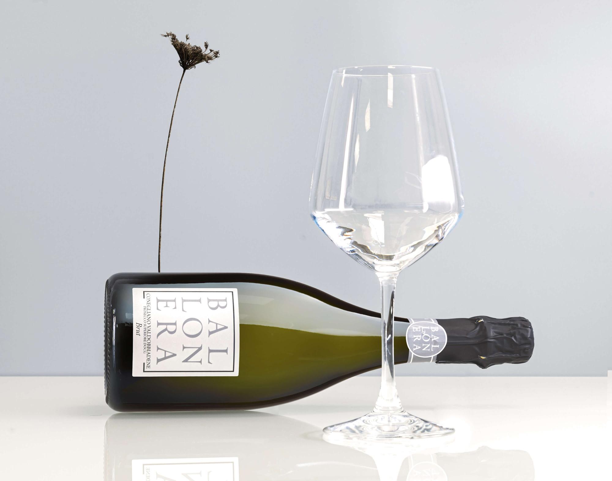 foto ambientata per vino Ballonera